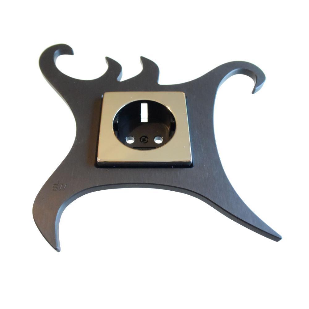 salowski design designer steckdosen und lichtschalter rahmen. Black Bedroom Furniture Sets. Home Design Ideas